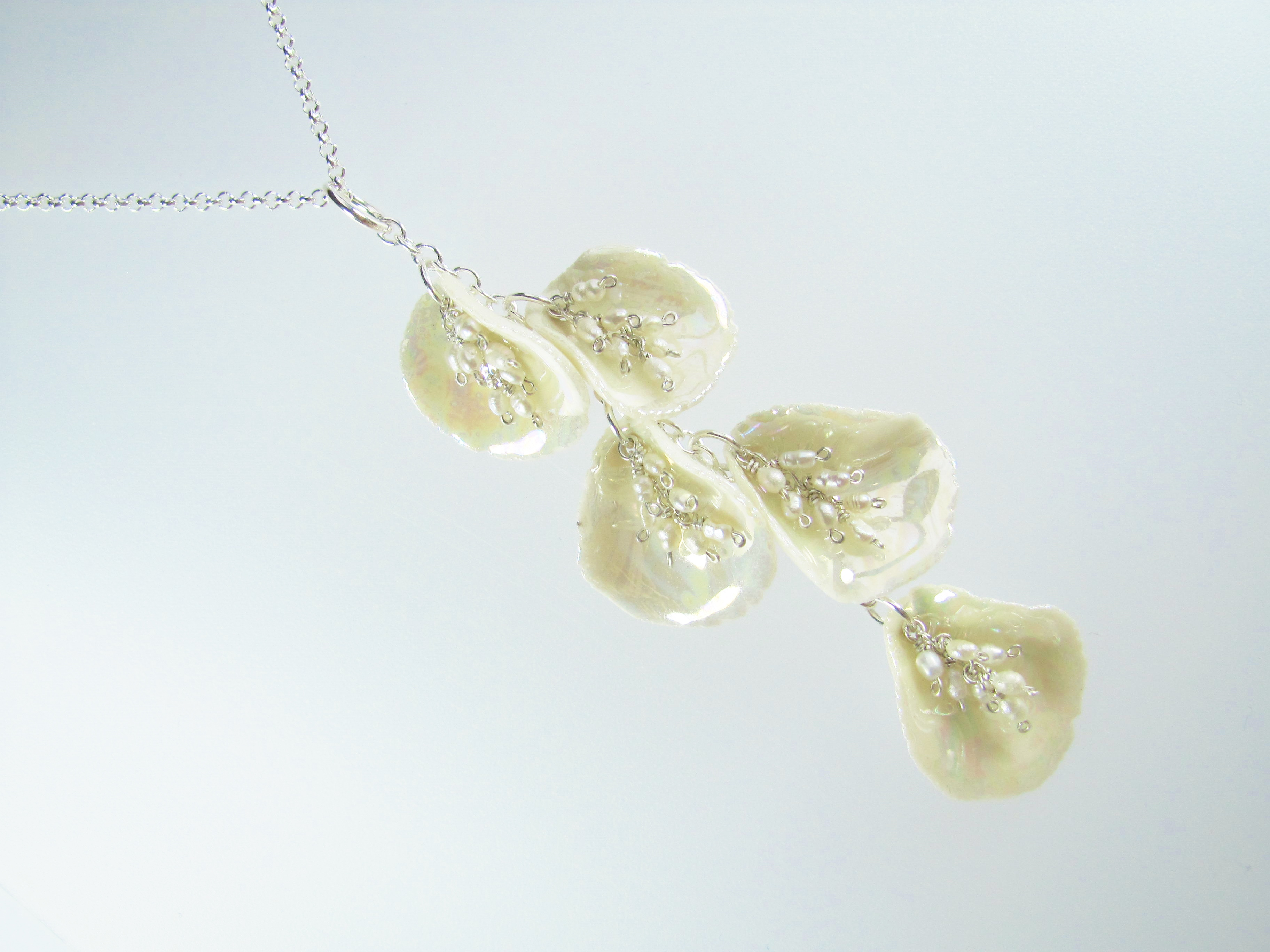 5 petal porcelain necklace